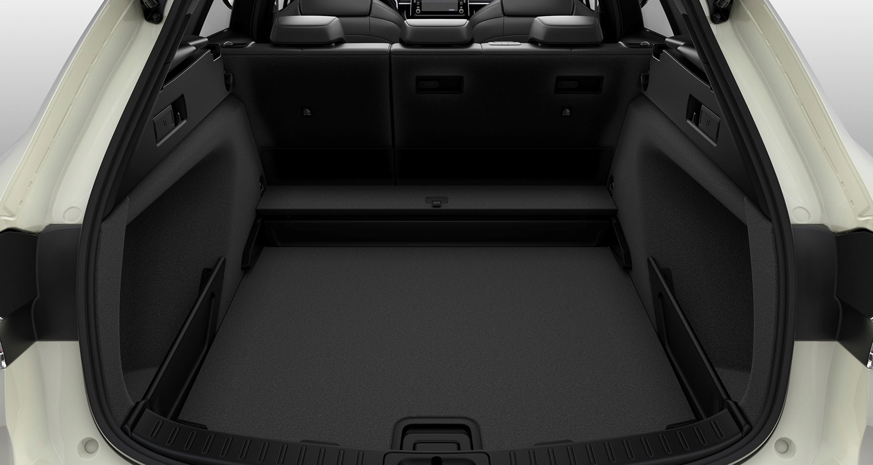 Suzuki Swace 2020 - 2-way deck board in lower position